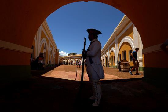 Extienden al 22 de enero la apertura de bastiones en el Viejo San Juan