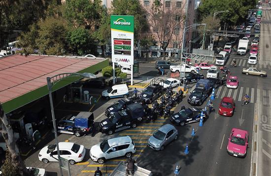 Continúa el desabastecimiento de gasolina en varios estados de México