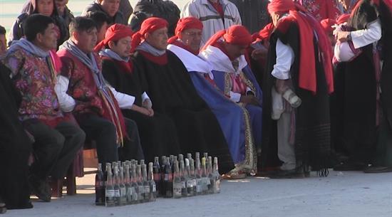 La diabetes, penitencia de indígenas mexicanos por rezar con bebidas de cola